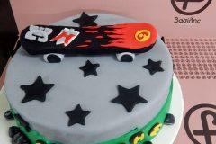 No-B-0350-skateboard-cake