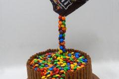 No-B-0391-MMs-cake